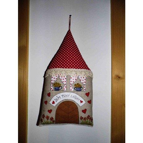 """Malovaný domeček """"Dům plný lásky"""""""